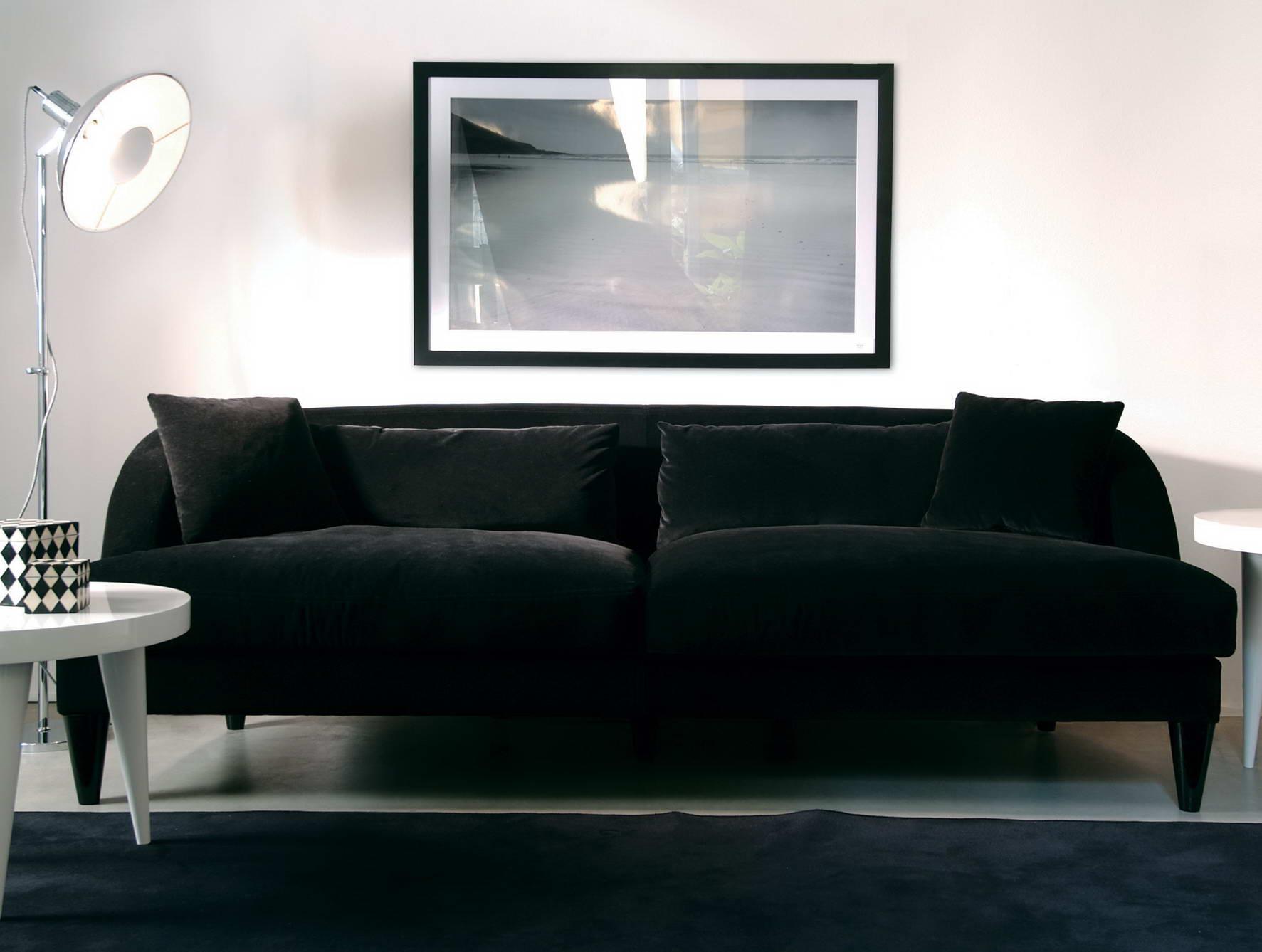 nella-vetrina-elle-modern-italian-round-lacquered-wood-dining-table-italian-dining-room-sets